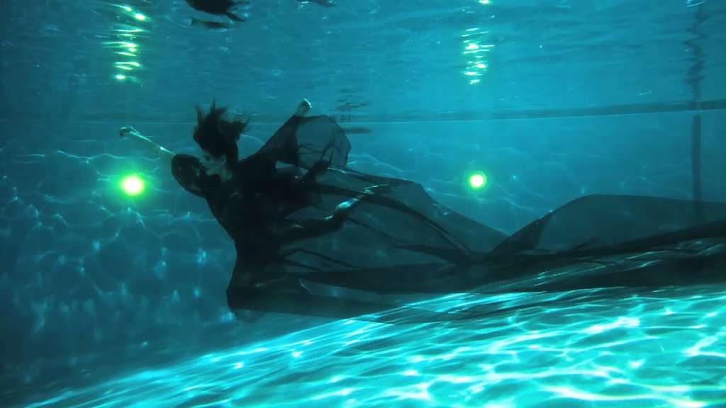 JPARRA UNDERWATER FASHION CLIP
